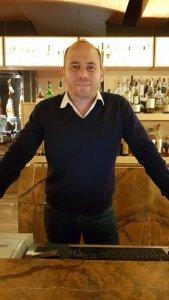 lo staff del ristorante di pesce le vele a roma (1)